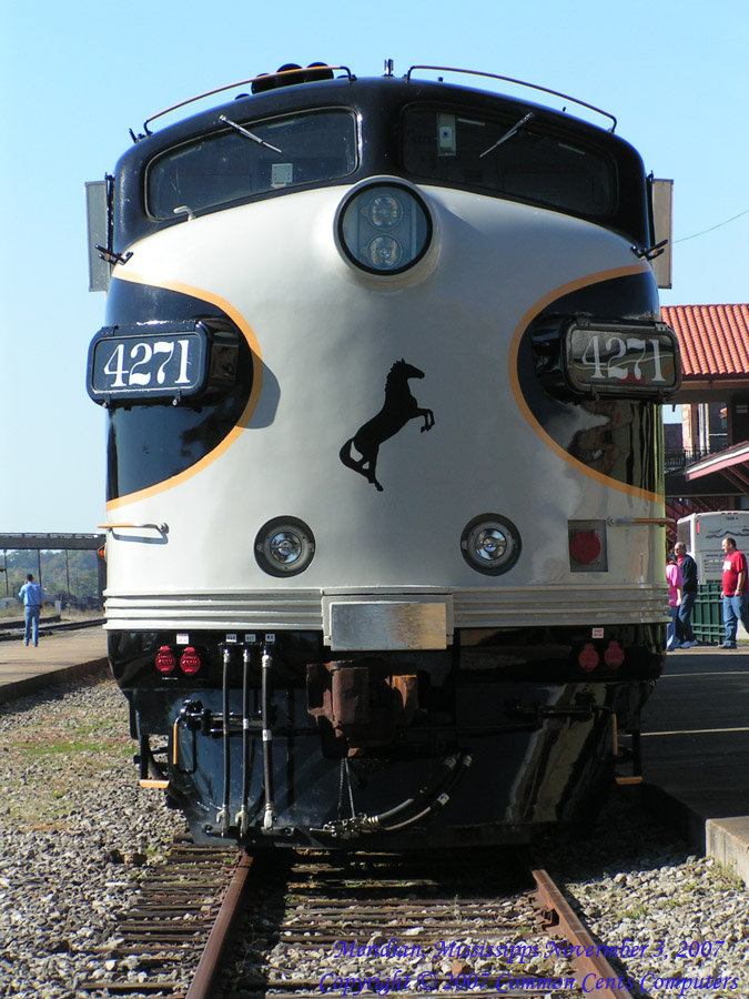 Norfolk Southern 7271 Nose on - Meridian, MS 2007