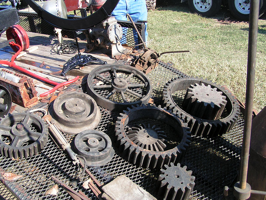Gears and stuff -  Soule' Live Steam Festival Meridian, MS 2011